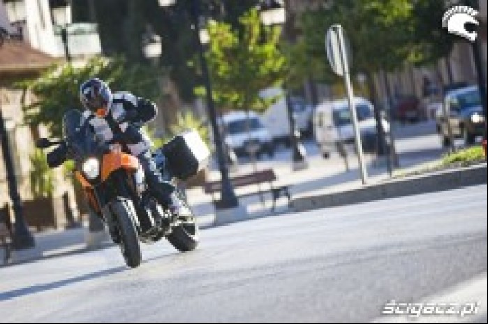 KTM Supermoto T ABS powerslide