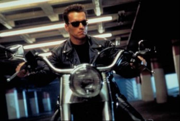 arnold terminator 2 motocykl