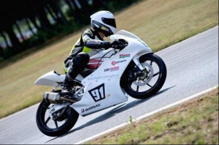 Sebastian Grausam Moto3