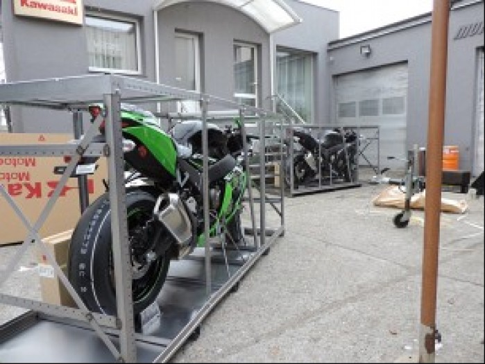 Kawasaki ZX 10R 2016 przed wypakowaniem