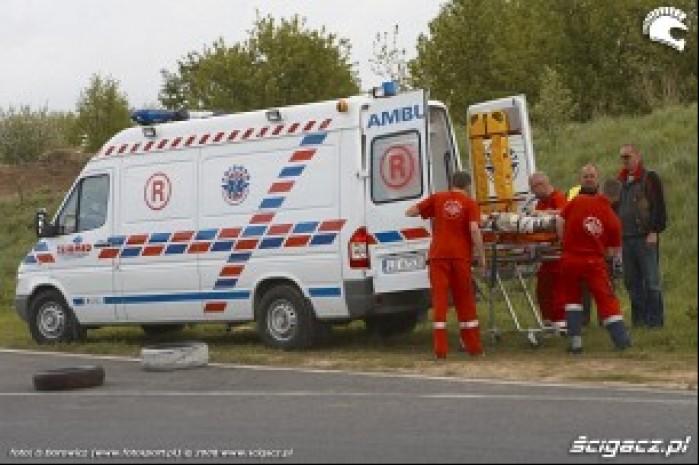 wypadek karetka lublin supermoto motocykle 2008 b mg 0236