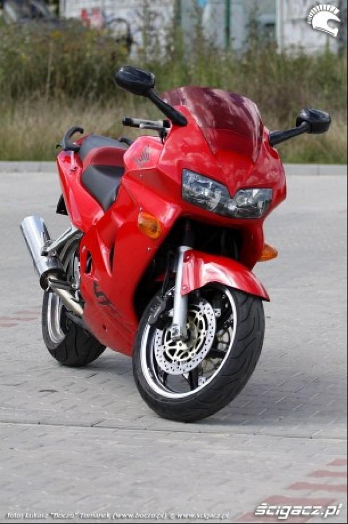 przod motocykla VFR 1998