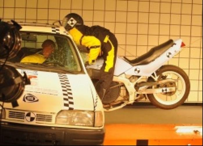 Wypadek motocyklowy symulacja