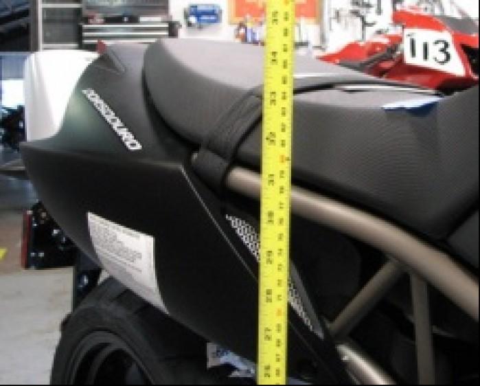Motocykle Dla Niskich Całą Stopą Na Ziemi