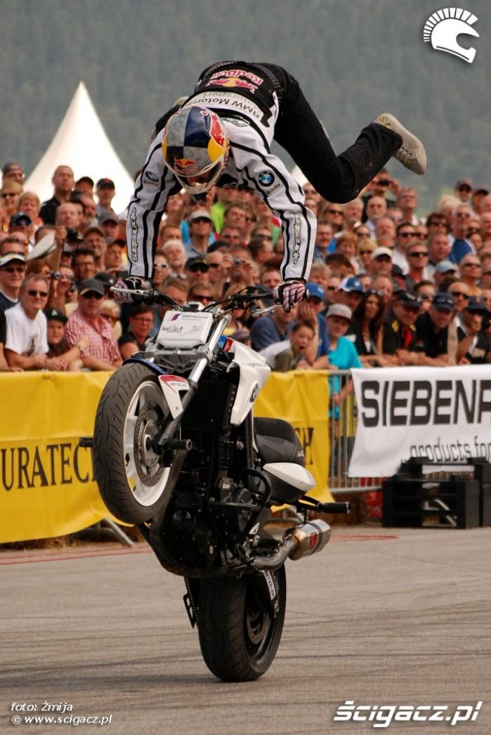 Pokaz stunt BMW Motorrad