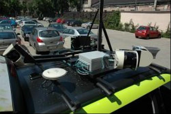 Odbiornik GPS na dachu