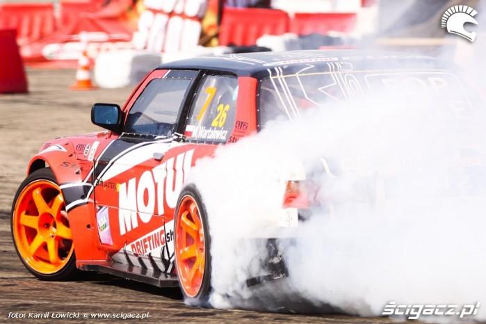 Pokaz driftu Intercars Motor Show