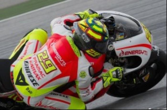 Andrea Iannone Testy Sepang 2013