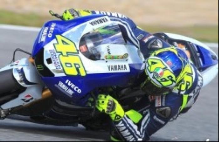 Rossi jedzie nisko