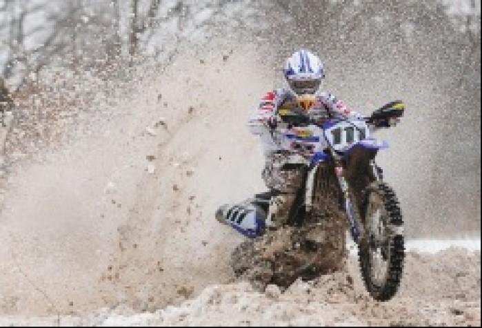 Motocross w sniegu