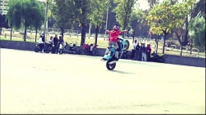 Stunt Style W Oku Blysk