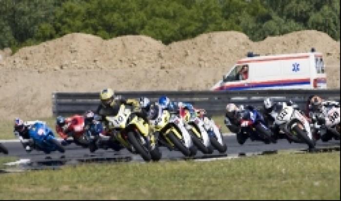 start superbike wmmp i runda 2009 poznan niedziela e mg 0004
