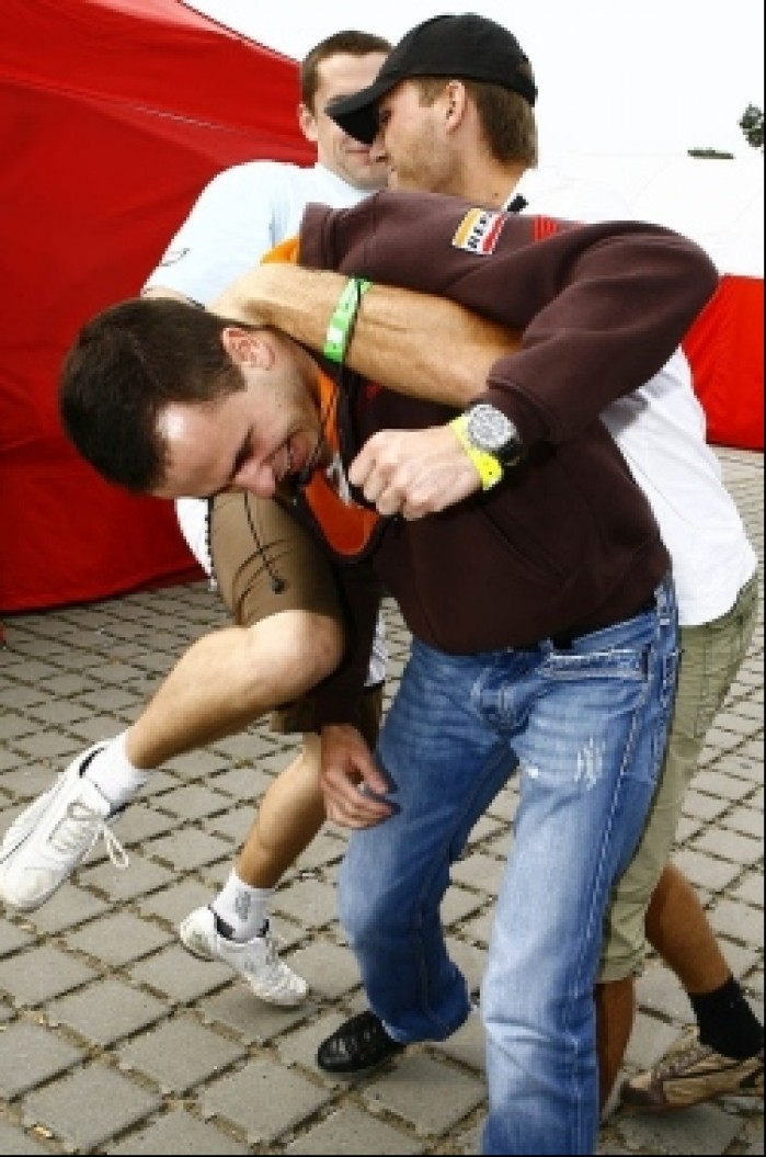 eliminacja konkurencji bartek wiczynski wmmp 2009 02
