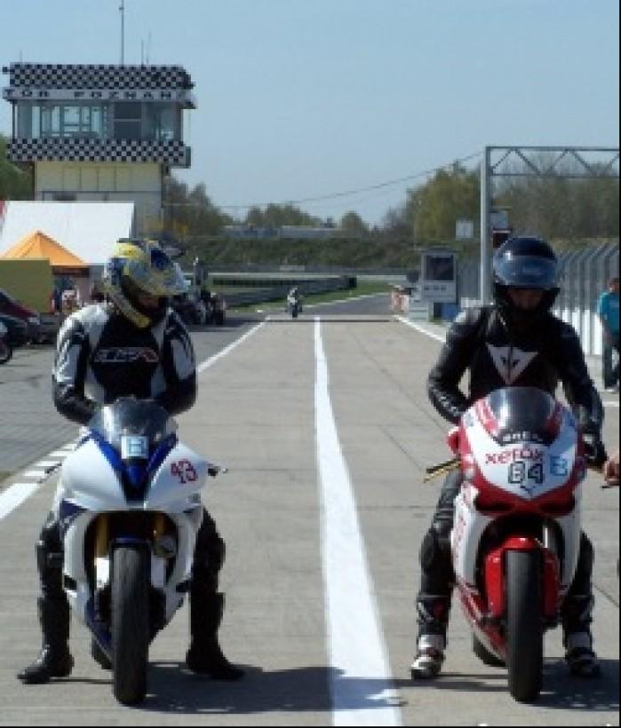 pitlane speed day kwiecien 2011