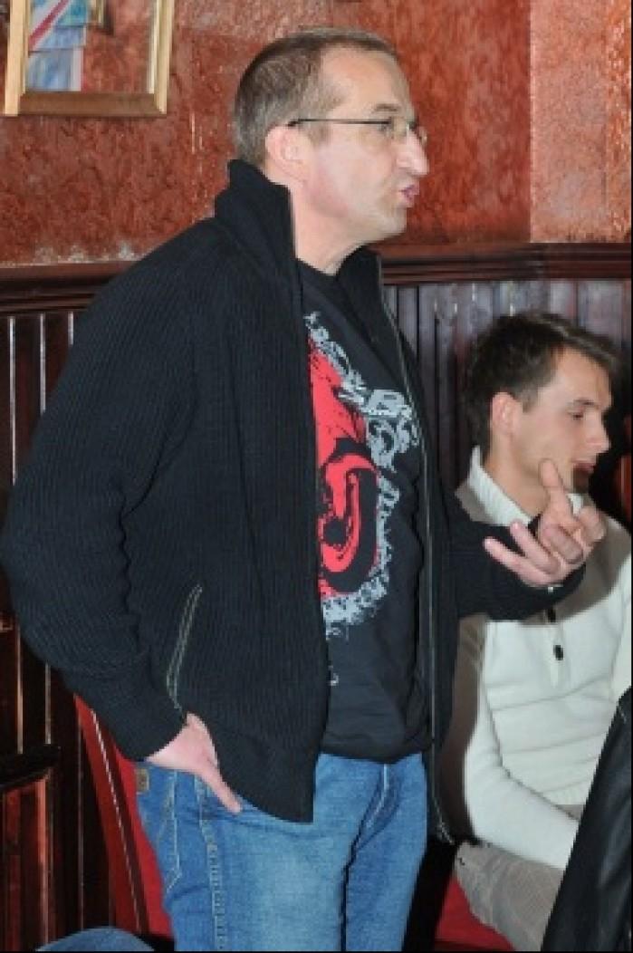Janusz Oskaldowicz na zebraniu SWM