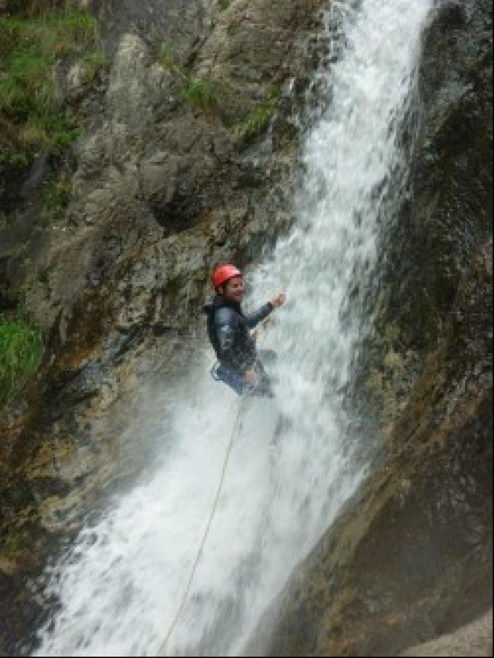 Carlos Checa wodospad