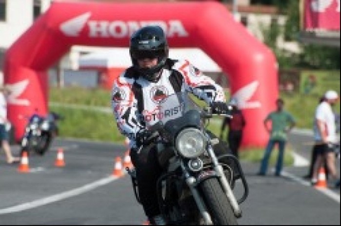 jazda Honda Gymkhana Radom 2012