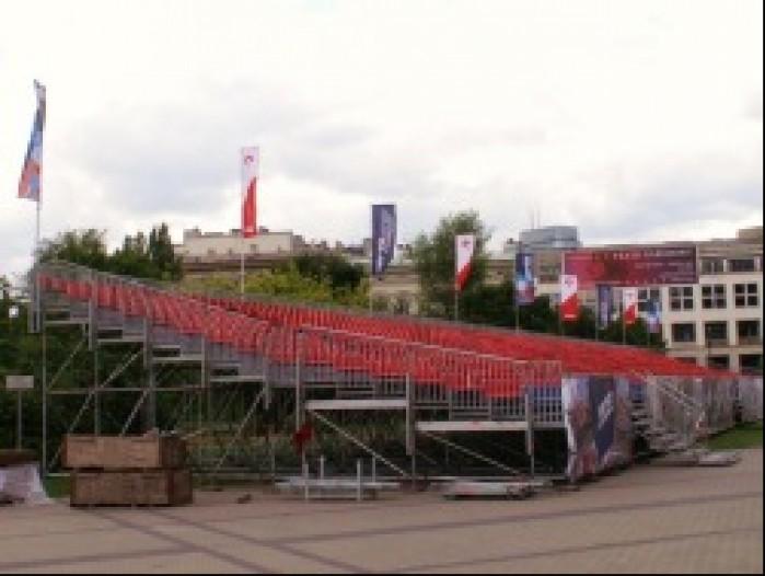 trybuny na tyle teatru narodowego Verva Street Racing Warszawa 2010