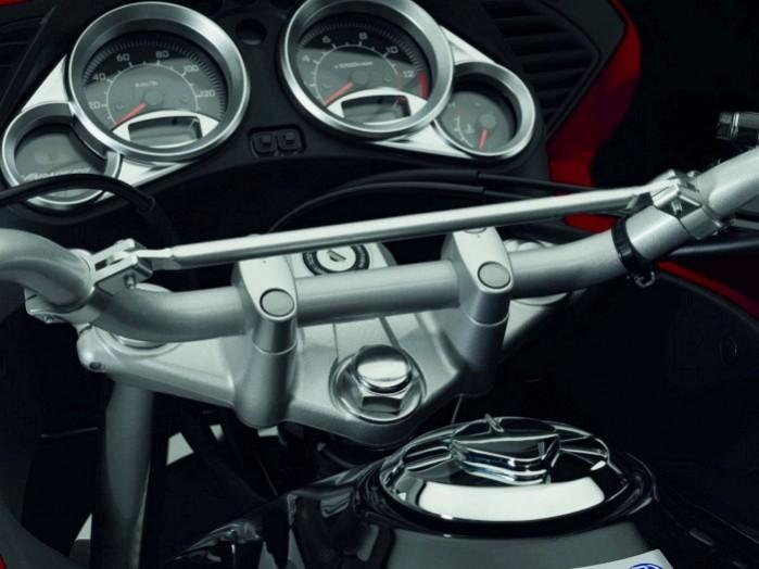 Honda Varadero 125 5