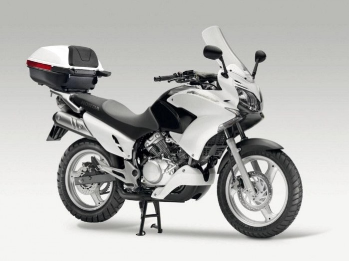 Honda Varadero 125 biala