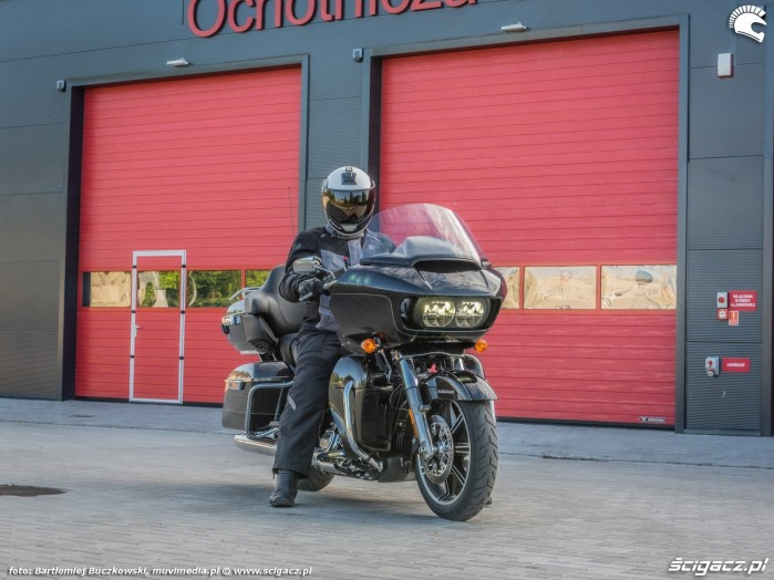HD RoadGlide 20 straz2