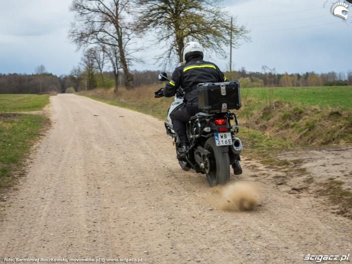 11 Suzuki VStrom 10150 48 start szuter