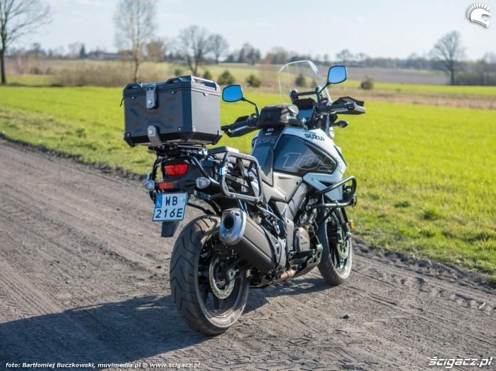 Suzuki VStrom 10150 04 prawy tyl