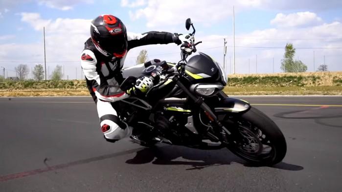 Triumph Street Triple RS winkiel