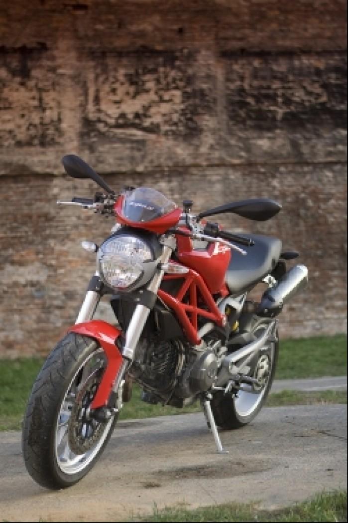 profil motocykla ducati monster 1100 test mg 0064