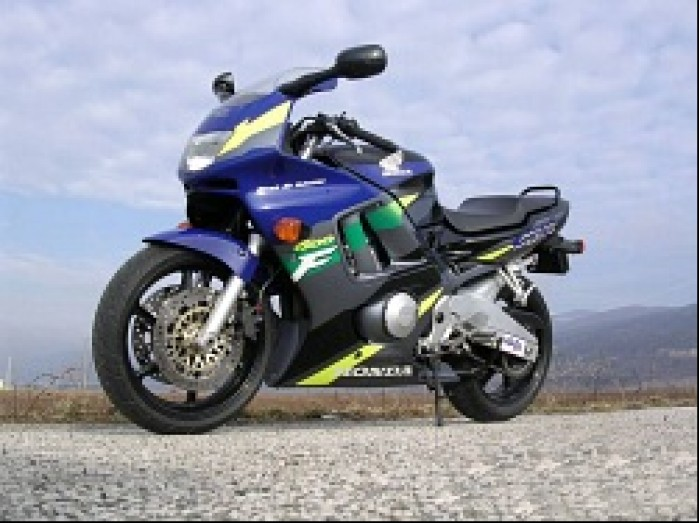 Honda CBR600F lewa owiewka