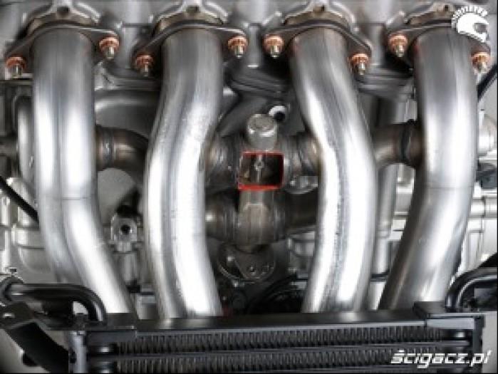 BMW S1000RR 2009 sterowanie spalinami