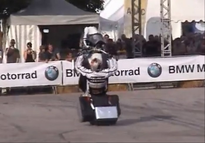 stunt BMW