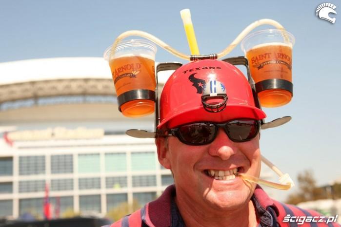 czapka piwna