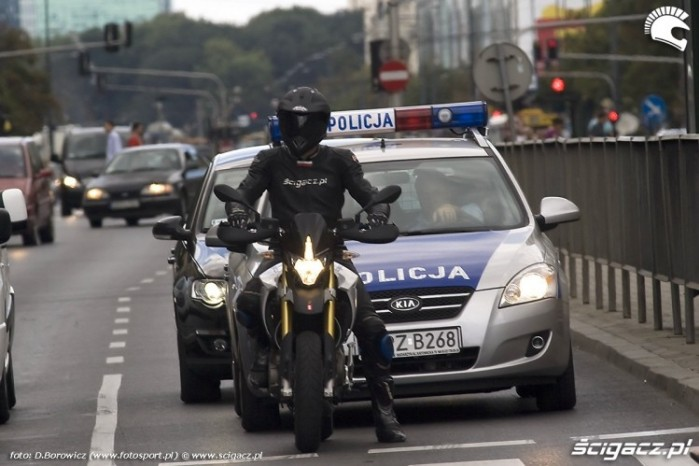policja dorseduro aprilia 2009 test b mg 0205