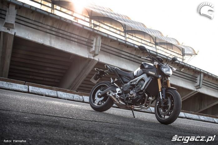 Stadion Yamaha 2014 MT09