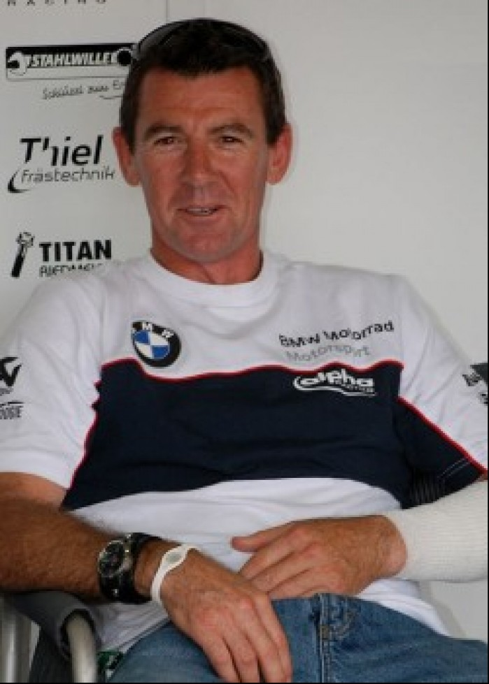 Troy Corser boksy BMW