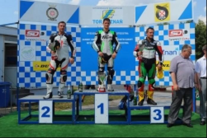 podium Superbike Sikora drugi