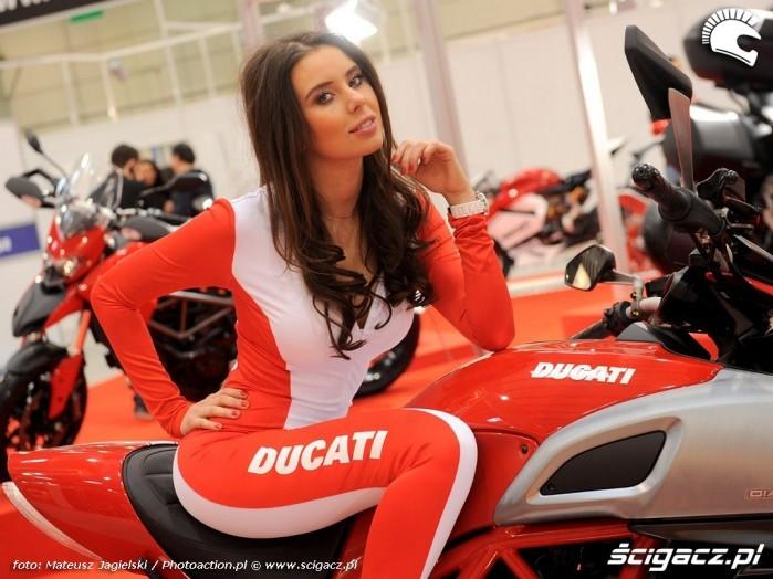 Ducati dziewczyna