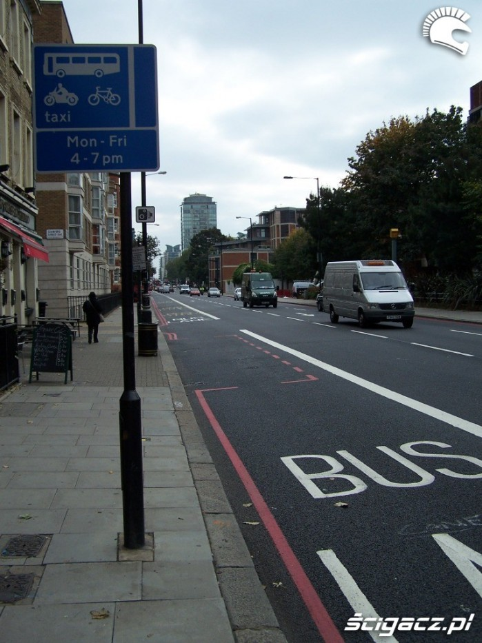 Bus pas Londyn