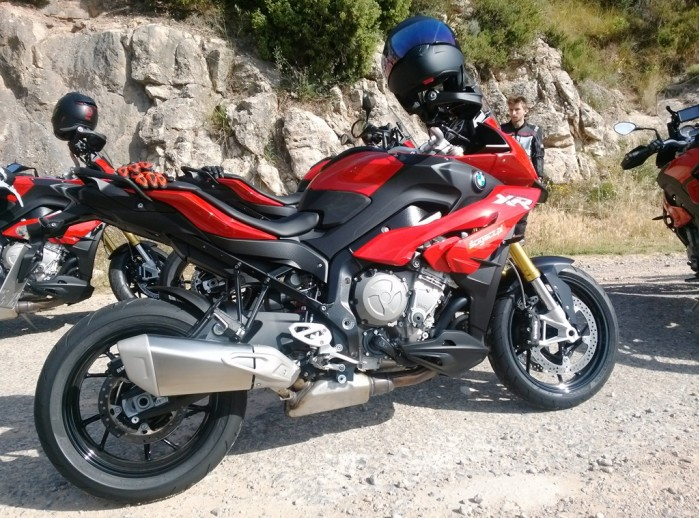 BMW S1000XR test
