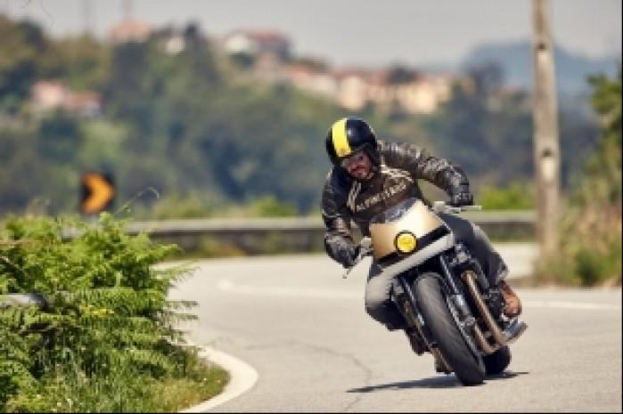 2015 Yamaha XJR1300 CS 06 Dissident