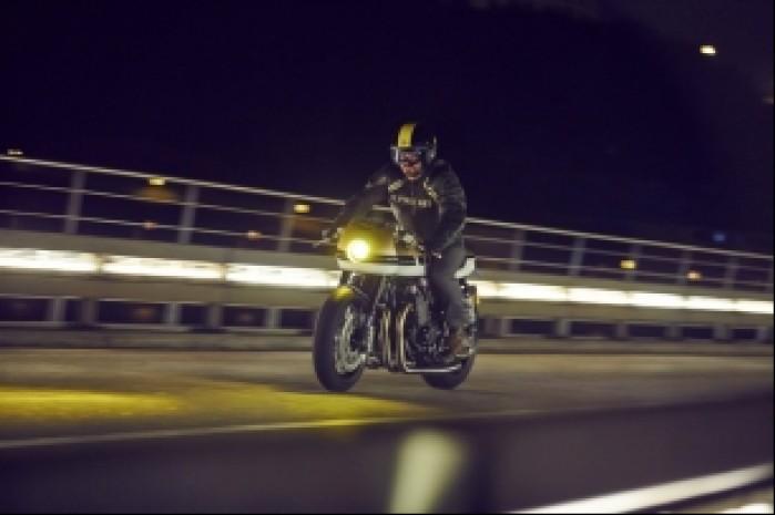 Yamaha XJR1300 noc