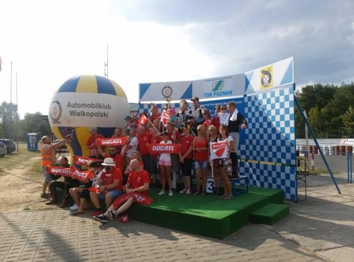 Trybuna Ducati Wy cigowe Motocyklowe Mistrzostwa Polski
