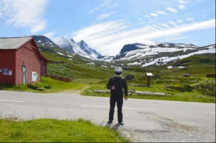 Norwegia droga Tindevegen