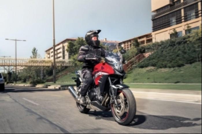 Honda CB500X Adventure 16YM Dynamic 006
