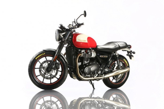 Triumph street twin by pirelli