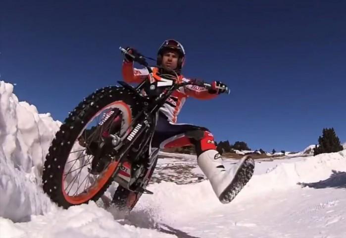 Toni Bou na sniegu