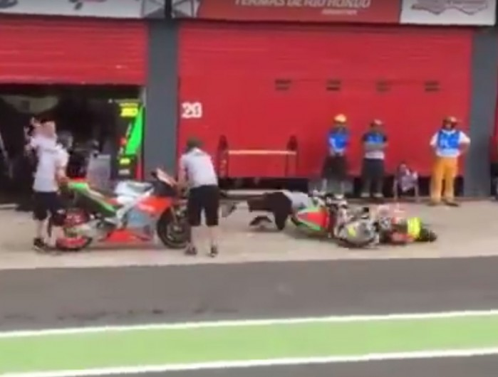 Alvaro Bautista nieudana zmiana motocykla