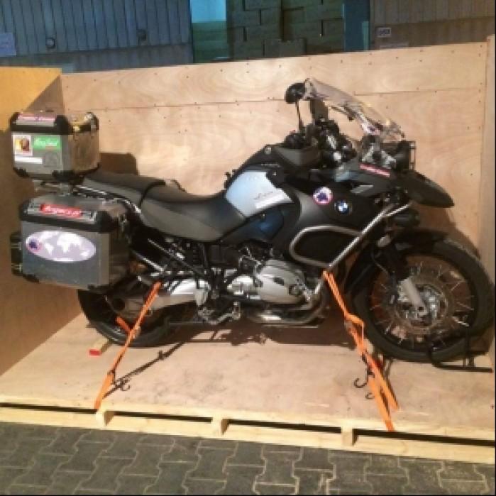 Dubaj pakowanie motoru