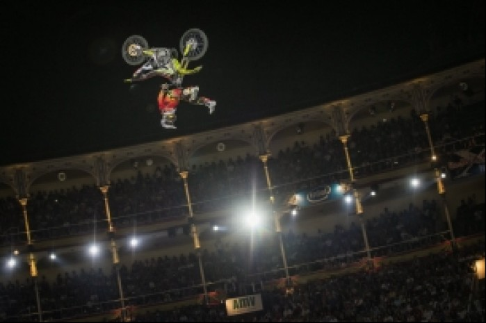 backflip x fighters 2016